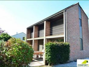 Gerenoveerde villa tegen Messem bos Architecten Maes & Debusschere bouwjaar 1975Uniek woonconcept ontworpen in functie van het bos met grote glasp