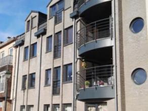 Berchem-Sainte-Agathe : LOCATION : CENTURY21GroupAgimmo vous propose un superbe appartement composé comme suit : hall d'entrée avec plac