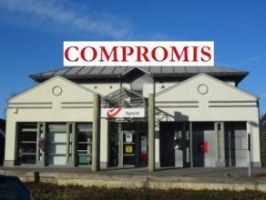 COMPROMIS bpost wordt huurder van het agentschap (ca.121m²) aan 12.100/jaar.Partijen komen overeen dat zij gelijktijdig met de ondertekening van