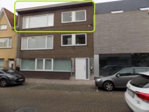 Prachtig vernieuwd instapklaar appartement te huur in het hartje van Tielt. Vlot bereikbaar en ideaal gelegen. Het appartement bestaat uit een inkomha