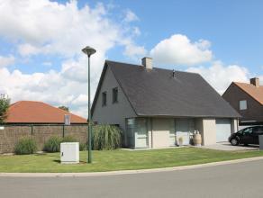 Deze eigendom is gelegen in een rustige wijk aan de rand van centrum Wingene. Dit op 625m² grondoppervlakte en met een bewoonbare oppervlakte van