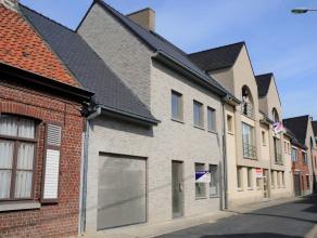 Nieuwbouwwoning met 4 slaapkamers, tuin en garage op 220m² in centrum Wingene.<br /> Ligging: In het centrum van Wingene, in nabijheid van openba