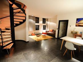 Dit prachtige gemeubeld nieuwbouw appartement bevindt zich in hartje Leuven. Er is de mogelijkheid een autostaanplaats te huren. Het appartement besch