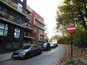 LAEKEN / Limite Wemmel, à proximité des transports en commun et axes autoroutier, magnifique duplex de ±105m² avec 2 terrass