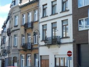 LAEKEN / Proximité Bockstael, dans rue calme, belle Maison de Maître rénovée de ±235m² avec entrée coch&