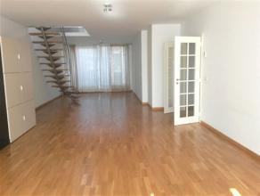 WOLUWE-SAINT-LAMBERT, dans un immeuble récent au 3ème et 4ème étage, spacieux duplex penthouse de ±200m² habit