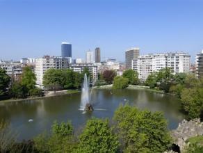 SCHAERBEEK - BRUXELLES, à proximité des Institutions Européennes et du square Ambiorix, commerces et transports, bel appartement