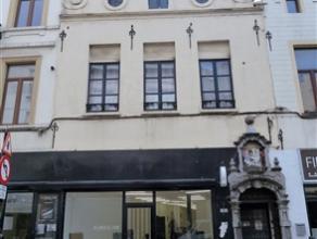 BRUXELLES, à proximité du Sablon : Ensemble de deux immeubles mixtes à vendre d'une superficie totale de ± 901m² hors