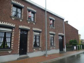 Te Asse (Walfergem) bieden wij u een ruime woning (voordien 2 woningen) aan op een perceel van maar liefst 2831 m². Op het gelijkvloers vindt u e