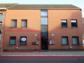 Budgetvriendelijk en energiezuinig gelijkvloers appartement in het centrum van Londerzeel St Jozef, bestaande uit een living, keuken, 1 slaapkamer en
