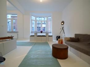 FOREST - REF: 2908668 - Proximité Place Saint-Denis, vous trouverez ce superbe appartement avec possibilité de terrasse20m²(non rec