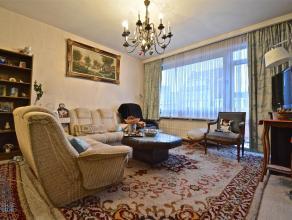 LAEKEN - REF. : 2983531 - Quartier DE WAND - Appartement 2 chambres avec terrasse + garage Situé au 2ème étage d'une petite copro
