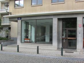 Gerenoveerde gelijkvloers te huur gelegen tussen de Zavel en Oud Korenhuis, op wandelafstand van het Centraal station van Brussel. Inclusief parkings