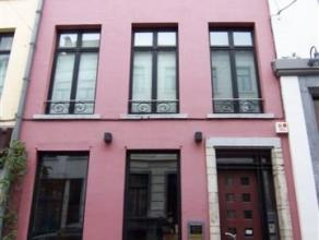 1000 Brussel, Kartuizerstraat 23                                                                                             Mooi kantoorgebouw te huu