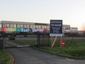 Bedrijfsgebouw op toplocatie te Dendermonde // mogelijkheid gedeelte van het pand te huren !!!