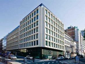 Het Marnix gebouw is gelegen tussen de stadswijken Leopold en Louise. Het gebouw biedt mooie en gerenoveerde kantoorruimten en is zeer makkelijk berei