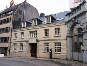 Rue Ducale 83 is een klein, elegant gebouw in het midden van een grote stad. Het prima onderhouden gebouw laat de bezoekers van uw bedrijf zien dat de