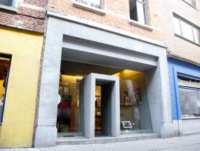 Te koop: opbrengsteigendom in het centrum van Leuven, vlakbij de Oude Markt, in de gezellige Parijsstraat, die gekend staat voor zijn levendige sfeer