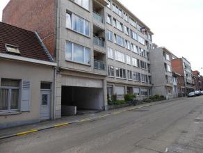 Dit ruim 1-slaapkamer-appartement met een bewoonbare oppervlakte van 63 m² is centraal gelegen in het centrum van Leuven. Het appartement is gesi