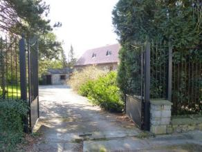 """Située dans le quartier huppé """"Haies Germaine"""", à la limite de Montigny-le-Tilleul, cette propriété hors du commun"""