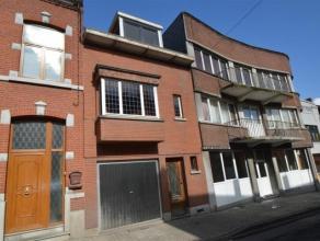 JEMAPPES - REF:3623Proche de toutes commodités, maison avec garage et jardin comprenant au rez de chaussée, un hall d'entrée, un
