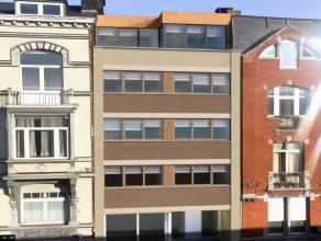 Penthouse à chambre unique avec jolie terrasse et vendu prêt-à-l'emploi, achetable sur plans et niché au 4ème futur