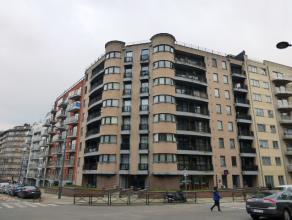 Avenue du Château 61: Studio de 55m² avec terrasse (4m²) et balcon. Libre immédiatement