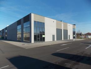 Oreon Properties presenteert:Aan de Gelmelstraat te Hoogstraten worden casco KMO-units ontwikkeld geschikt voor opslag of als werkplaats. Deze bedrijf