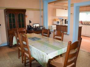 Maison 4 chambres + jardin à louer à Herseaux. Hall d'entrée, beau living lumineux, cuisine semi-équipée, wc ind&ea