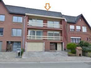 TOPPER!!! In Aspelare bevindt zich deze ruime bel-étage in een rustige straat nabij de belangrijke gewestwegen naar Aalst, Brakel, Zottegem en