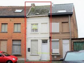 Volledig te renoveren stadswoning met tuin en 2 slaapkamers! Deze gesloten bebouwing is gelegen in het centrum van Geraardsbergen in een kindvriendeli