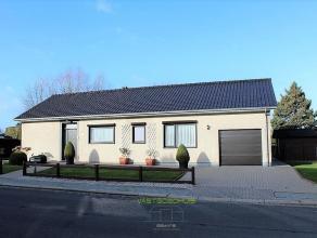 OPTIE! In een residentiële en kindvriendelijke woonwijk te Meerbeke bevindt er zich deze prachtige bungalow met een ruime, aangelegde tuin op 9a1