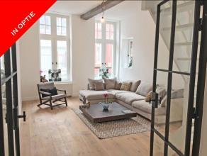 """Betreft een prachtig vernieuwd luxe appartement in het hartje van Brugge. Gelegen in het Prinsenhof, in de """"voortuin"""" van het befaamde 5-sterrenhotel"""