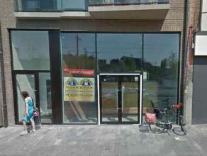 Description LocationBeautiful newly built commercial area of 450m² located Statielei in Mortsel with double frontage height at the front. Neighbo
