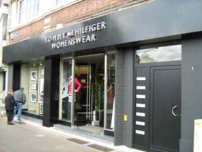 Description LocationCommercial groundfloor, situated at Statielei in Mortsel. Neighbouring retailersCasa, Zeeman, Vollebergh schoenen, Veritas, Boeken