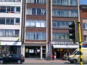 Description LocationCommercial ground floor surface located Stateielei in Mortsel. Neighbouring retailersBelCompany, Boekenvoordeel, Veritas, Telenet,