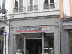 Description LocationCommercial ground floor located Zuidzandstraat 19 in Bruges, at walking distance from the Steenstraat and Grote Markt. Neighbourin