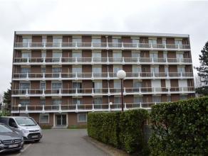 INFOS AU 019/65 58 48 - Dans une cadre paisible, bel appartement 2 chambres en bon état général, lumineux et spacieux. Il est agr