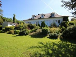 Les Villettes. Superbe bungalow composé d'un séjour, 3ch (possib 2 supp), sdb, cuisine, 2 garages, grenier, terrasse, jardin et un terra