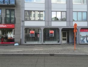 Gelijkvloerse kantoorruimte of vrij beroep zonder woonst, 190m² bruikbare oppervlakte Thonissenlaan 46, centraal gelegen op de kleine ring te Has