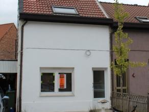 Volledig gerenoveerde woning gelegen in de rustige Moretuswijk.  Goed rendement, verhuurd voor 3 jaar à 750 euro per maand, huurinkomsten gegar