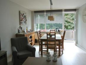 COMPLETEMENT RENOVE recemment. Agréable petit appartement de 60m² avec terrasse à proximité des transports en communs. Compr