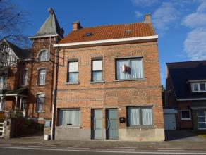Ideale starterswoning met ruime tuin aan de stadsrand van Sint-Niklaas. Zeer goede bereikbaarheid, gelegen nabij scholen, buurtwinkels, openbaar vervo