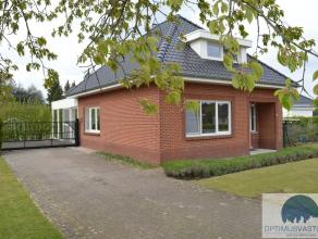 Algemeen:In Kaulille, een deelgemeente van Bocholt vinden we deze charmante gerenoveerde woning op een perceel van 10a93ca. De woning werd gebouwd in