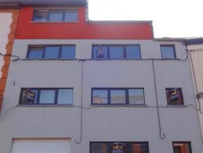 Situé à proximité de toutes les facilités,superbe immeuble de 3 Appartements + Bureaux et GARAGE composé comme suit