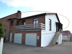 RUSTIG GELEGEN, GERENOVEERD 3-SLK APPARTEMENT <br /> <br /> In Attenhoven, een deelgemeente van Landen, vinden we dit gerenoveerde appartement met dri