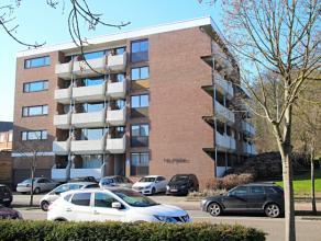 Dit volledig gerenoveerde appartement is gelegen aan de Leuvensepoort te Diest. Bij de renovatie werden de keuken, badkamer, vloeren en binnendeuren v