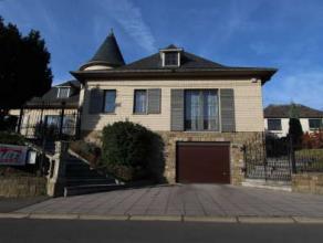 Sur une parcelle de 10 ares 77, très belle villa 4F, 3 ch, cuisine équipée, spacieux living et grenier aménageable. DV PVC