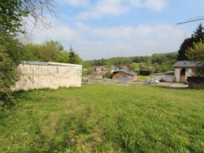Situé entre le centre de Pont-à-Celles et les accès autoroutiers, superbe terrain de 5ares et 10 centiares, situé dans une