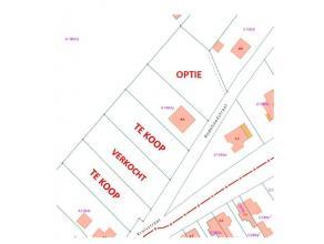 Bouwgrond te koop met een oppervlakte van 1013,28 m² met een vlotte verbinding naar de dorpskern van Drongen. Heel vlotte bereikbaarheid via de R
